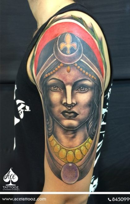 Neo-Traditional-Tattoo-Designs-for-Female-529x705